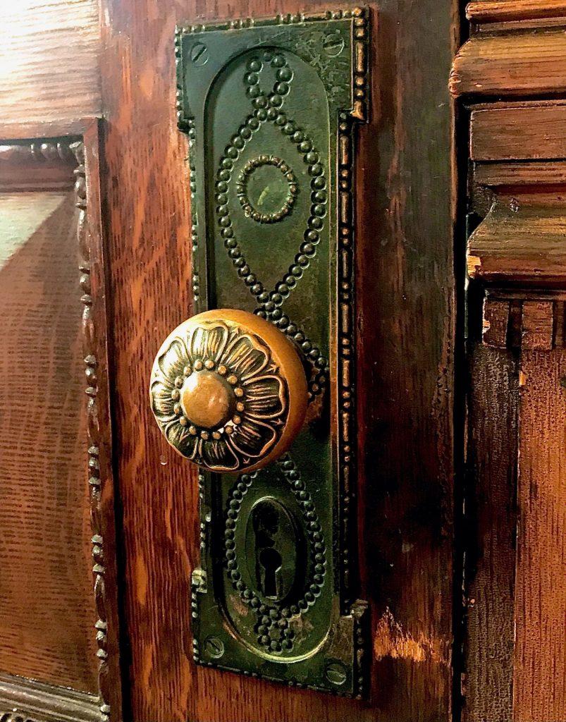 Amelia Hotel doorknob photo by Carol McCranie